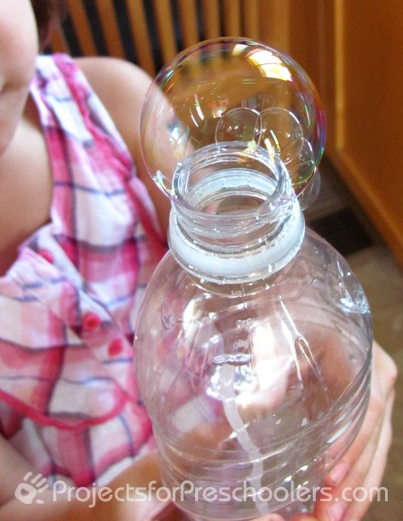 water-bottle-bubble-blowing-3