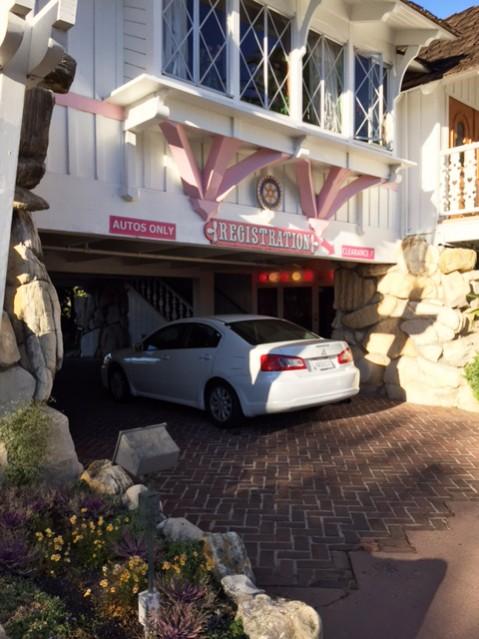 aluminum parking signs madonna inn