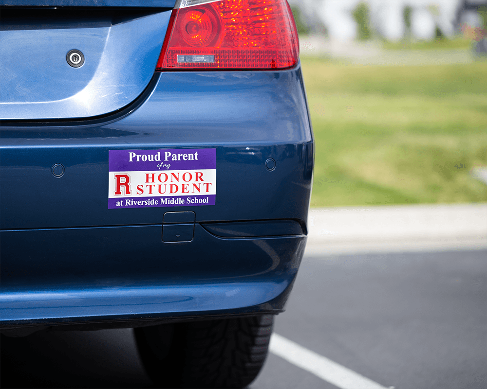 Bumper sticker student on car png